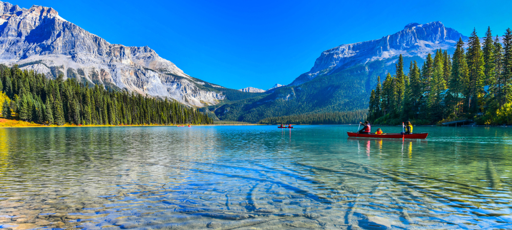 A picture of Emerald Lake Canada